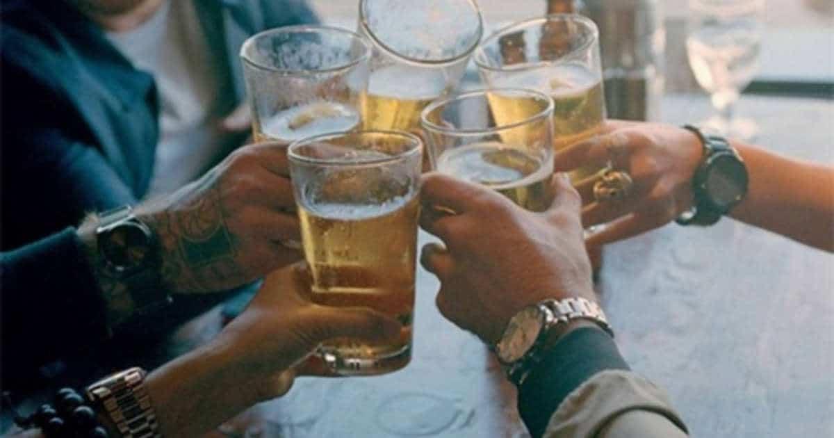 Pourquoi les hommes aiment-ils autant la bière ?